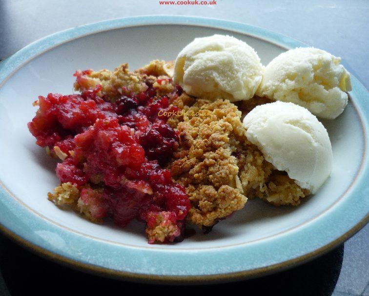 ... crumble recipes apple crumble raspberry crumble apple pie plum crumble