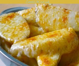 Cheesy Oven Chips