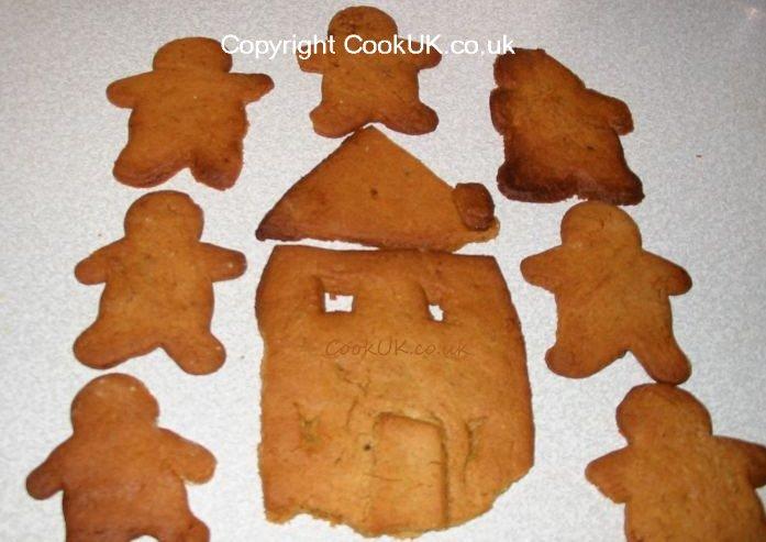 Easy Gingerbread Men Recipe for kids to cook - CookUK
