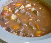 Slow cooking beef stew