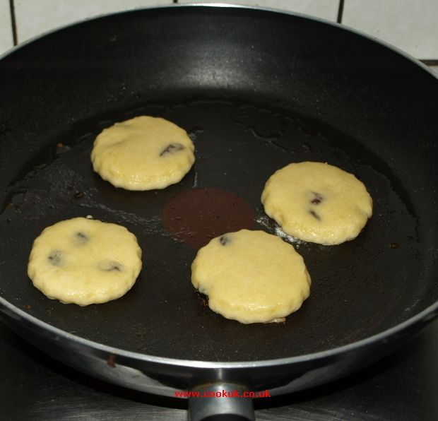Can You Use A Frying Pan For Welsh Cakes